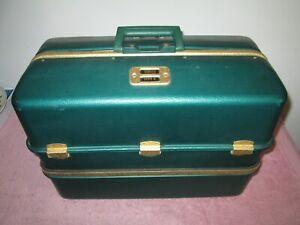 VINTAGE UMCO 1000U 7 TRAY ALUMINUM TACKLE BOX NEW