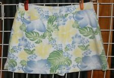 SIZE L FASHION BUG WHITE, BLUE, YELLOW AND GREEN FLOWER SKORT