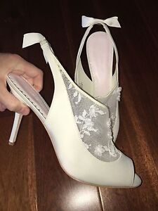 Melissa Sweet Slingback Bootie Shoe Size 11 3D Floral Ivory NIB $119