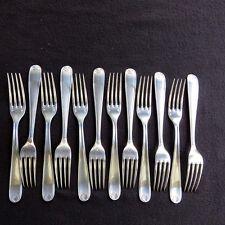CHRISTOFLE  12 fourchettes de table en métal argenté  modèle coquille bérain 4