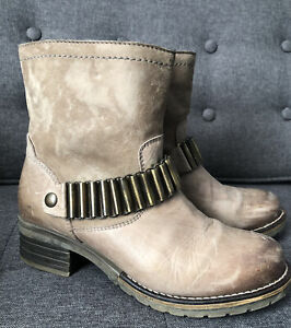 Dromedaris Kenya Taupe Leather Moto Ankle Boots Badass Brass Hardware EU38 US7.5