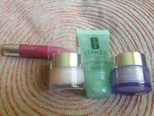 Clinique Little Holiday Helpers Set Chubby Balm Moisturizer Cleansing Soap