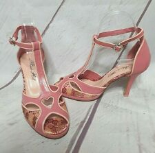 ALANNAH HILL womens pink high heel ankle strap floral size 36 cut out heart 70s