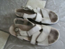 SAS S.A.S SANDALS WOMENS 8.5 N NARROW STRAPPY SANDALS