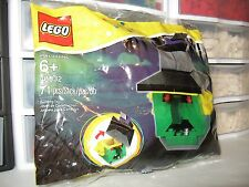 LEGO RETIRED  HALLOWEEN WITCH  # 40032 NEW IN LARGE POLYBAG!!