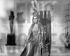 CLEOPATRA 1963 Elizabeth Taylor photo scene