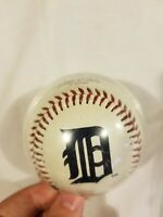 Detroit Tigers Baseball With Plastic Case Rawlings MLB Major League 2007