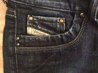 """Diesel """"Ronhar"""" Dark Wash Stretch Bootcut Jeans - Women's Size 25 X 30"""