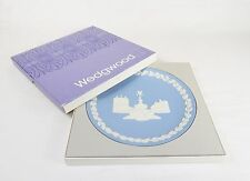 "Wedgewood 8"" Porcelain Collector Plate, Christmas 1971, Picadilly Circus, #Js-10"