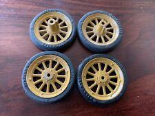 4 Schuco Räder = Reifen auf Felgen vorn +hinten für Blechspielzeug Auto Oldtimer