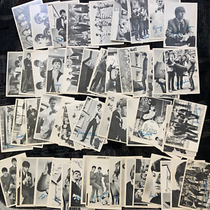 The Beatles Trading Cards Series 1 (nearly the complete set)