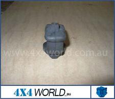 For Toyota Hilux LN65 LN61 LN60 Brake - Bell Crank Boot