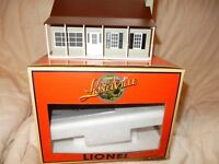 Lionel 6-34108 Suburban lighted house- fully assembled - pre-owned-nice house!--