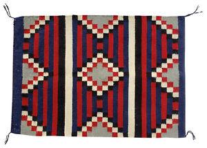 """VINTAGE NAVAJO INDIAN WOOL RUG BLANKET NATIVE AMERICAN WEAVING 30 1/4"""" x 21 1/4"""""""