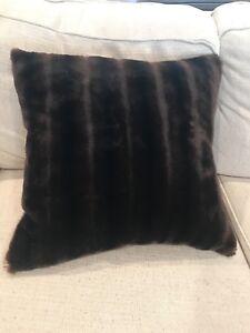 Bella Notte Pillow