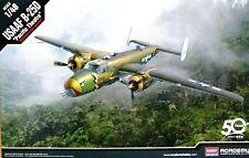 "Academy 1:48 B-25D ""Pacific Teatro"" USAAF kit modelo de los aviones"