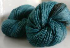 Azul Knitco Rojo Crema Multi abigarrada 4ply Mano hilo de ganchillo