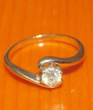 STUNNING  SECONDHAND 9ct WHITE  GOLD 0.20ct DIAMOND   SOLITAIRE  RING SIZE H