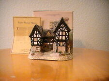David Winter Cottage-Tudor Manor House-1981- signed by David Winter