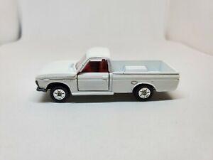 Tomica #42 Nissan/Datsun 1300 Truck 1E Wheels, 1:62 Made in Japan