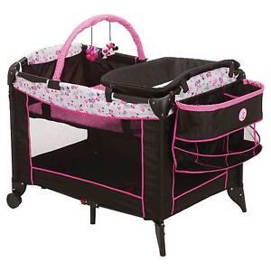 Disney Sweet Wonder Play Yard - Garden Delight Minnie