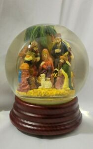 Nativity Scene Musical Snow Globe