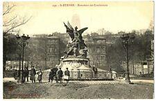 CPA 42 loire St-Etienne Monument des Combattants animé