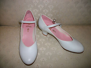 """Capezio Character Shoes Dance White 550 Jr Footlight 1.5"""" New In Box"""