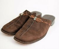 BRIGHTON NAPA Women's 8 - BROWN SUEDE LEATHER FLATS SLIDES MULES - Closed Toe
