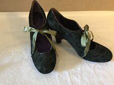 Poetic Licence Sweet Ending Green Lace Overlay Heels Pumps Womens 9 1/2 Leather