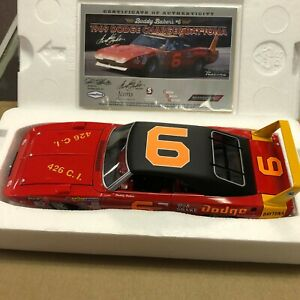 Buddy Baker #6 1969 Dodge Charger Daytona 1:24 University of Racing Nascar