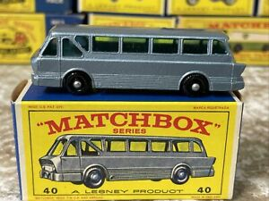 Look Vintage Lesney Matchbox Series #40 Long Distance Coach Bus w Original Box