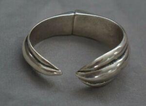 NEW Uno De 50 Silver Hinged NYOTA Cuff Statement Bracelet Bangle SRP $220