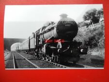 PHOTO  GWR LOCO 6007 KING WILLIAM III GERARDS CROSS WITH THE 'CAMBRIAN COAST EXP