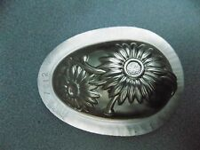 *   CHOCOLATE  OEUF  EGG FLOWER  MOLD MOULD    VINTAGE ANTIQUE