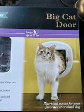 PetSafe Big Cat or Small Dog Door 4-Way Locking White Up to 25lbs New In Box