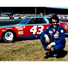 Richard Petty NASCAR Racing The King Signed 8x10 Photo