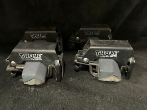 THULE 415 Roof Rack Railing Foot Pack - For Vehicles w/Raised Rails