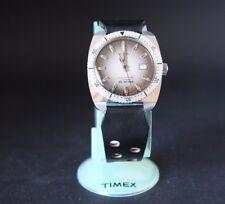 VINTAGE Timex Automatico 1974 25 M Mens Divers Orologio in esecuzione in in buonissima condizione.