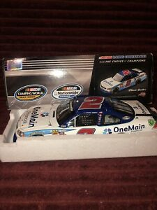 ELLIOTT SADLER 2011 ONE MAIN FINANCIAL 1/24 ACTION DIECAST CAR