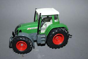 Siku Farmer 2965 1:32 Traktor Fendt Favorit 716  Vario grün