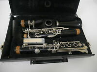 Vito Reso-Tone 3 USA Clarinet With Black Hard Case