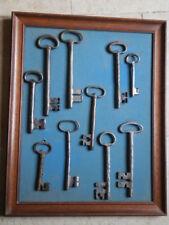 OLD KEYS - Tableau collection de clefs ancienne XVII XVIII et XIX ième siècle
