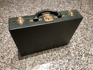 Louis Vuitton LV Taiga Green Leather President Classeur Hard Briefcase Bag