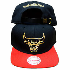 Original Mitchell & Ness Chicago Bulls Strapback NBA schwarz/rot/gold