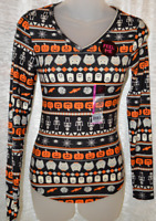 Women's No Boundaries Halloween Long Sleeve V-Neck Soft Shirt Top Sizes XS - 3XL