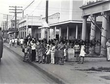 ORIG 1974 PHOTO DOWNTOWN HAVANA DURING TRIP BY JAVITS