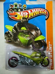Hot Wheels 1:64  2013 -Street Noz - Satin Lime Green -100/250
