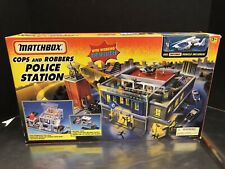 Matchbox 1997 Cops & Robbers Police Station Complete Never Used Dela0138
