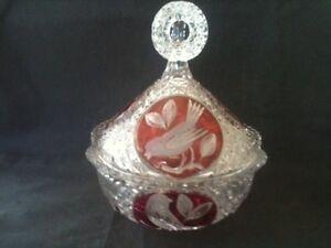 LOVELY CUT & CRANBERRY GLASS LIDDED BOWL w WRENS MOTIF 20cm TALL x 19cm DIAMETER